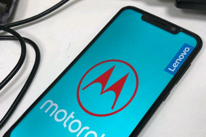 Motorola-One-Power-leaks-out-again-could-be-the-first-Moto-phone-with-a-notch